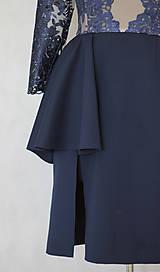 Šaty - Elastické šaty s kovovým zipsom v tmavej modrej a čiernej farbe - 6097952_
