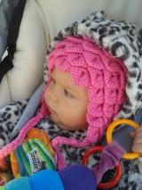 Pink crocodile hat, hačkovaná ušianka