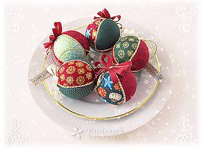 Dekorácie - Vianočné patchworkové gule - Bordová sada - 6102146_