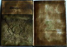 Papiernictvo - Kráľova knižnica ♥ Diár 2018  - 6119749_