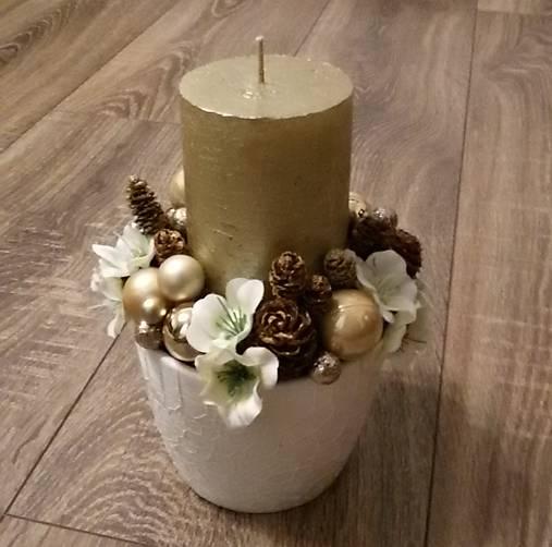 fee8876a2b71 Vianočný krémovo-biely aranžmán   svojko - SAShE.sk - Handmade Dekorácie