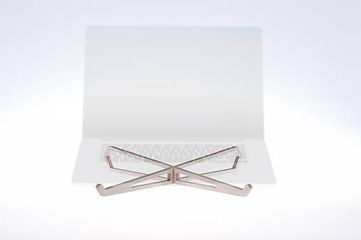 Podložka pod notebook