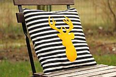 Úžitkový textil - Vankúš žltý jeleň - 6147797_
