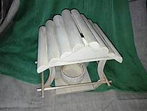 Pre zvieratká - drevené vtáčie krmítko - 6152398_