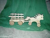 Hračky - malý drabinovček s koníkom - 6152466_