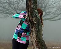 Tričká - Dámske patchworkové tričko maľované MÄTOVÁ HMLA - 6158128_
