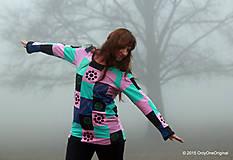 Tričká - Dámske patchworkové tričko maľované MÄTOVÁ HMLA - 6158166_