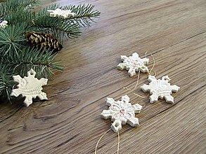 Dekorácie - vianočná ozdoba - snehová vločka - 6164394_