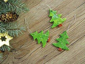Dekorácie - vianočná ozdoba - stromček - 6164422_