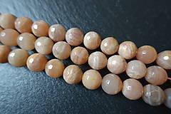 Minerály - Mesačný kameň lososový AB fazetovaný 10mm - 6177676_
