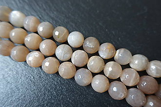Minerály - Mesačný kameň fazetovaný 10mm - 6177730_