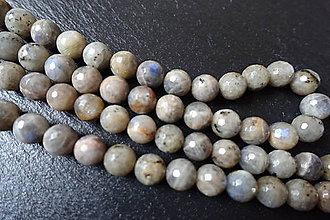 Minerály - Labradorit svetlý fazetovaný 10mm - 6177944_