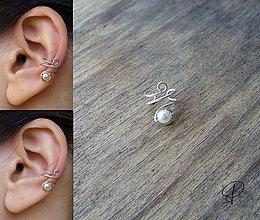 Náušnice - záušnica s perličkou - 6180299_