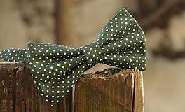 Doplnky - Pánsky motýlik zelený s bodkami - 6185896_