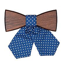 Náhrdelníky - ORIGINÁL – Dámsky drevený motýlik Triti - 6188499_