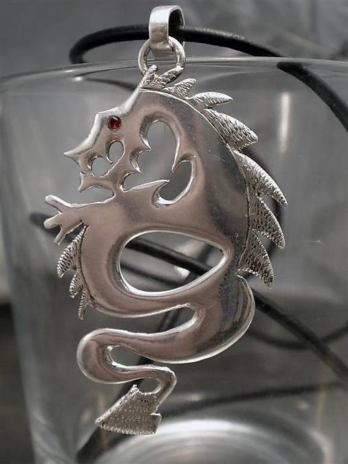 drak s rubínovým okom - Ag 925