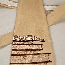 Doplnky - Béžová kravata s knihami - 6196385_