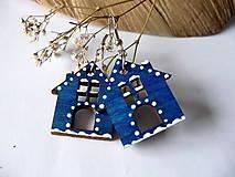 Náušnice - modré drevené náušnice- v zimnej chalúpke - 6199669_
