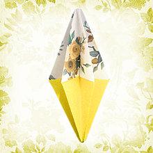 Dekorácie - Vianočný špic kvetový (žltý NA ZÁKAZKU) - 6204000_