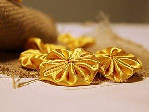 Materiál ručne robený - Kvetinky žlté / 4 ks - 6207268_