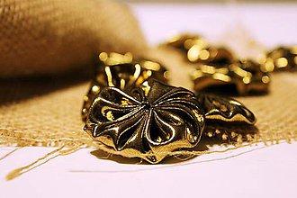 Materiál ručne robený - Kvetinky  zlaté tmavé / 4 ks - 6207276_
