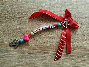 Kľúčenky - ochranná mašľa na kočík - s menom a príveskom pre chlapčeka - 6209591_