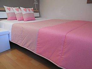 Úžitkový textil - prehoz na manželskú posteľ 220 x 220 cm ružovo - snehovo - biely - 6217366_