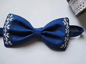 Doplnky - Pánsky motýlik-parížska modrá s výšivkou - 6231646_
