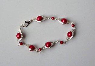 Náramky - Červený clariskový náramok - 6237794_