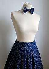 sukňa a motýlik z modrotlače - ON a ONA Modrotlačoví