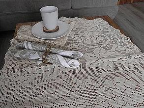 Úžitkový textil - Háčkovaný obrus - na obede u grófky zo susedného vinohradu:-) - 6244498_