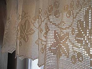 Úžitkový textil - Háčkovaná záclona - cez okienko priamo do vinohradu:-) - 6244576_