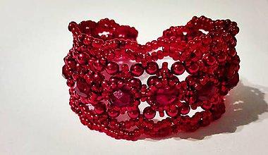 Náramky - Krajkový šitý náramok - Lady in red - 6247796_