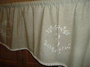 Úžitkový textil - Vyšívaná záclonka - 6249053_