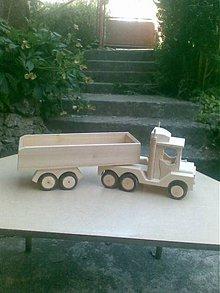 Hračky - velká drevená funkčná Tatra - 6248820_