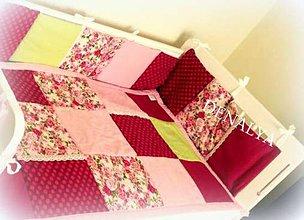 Textil - Mantinel do postieľky Flóra 180x25cm - 6266948_