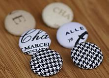 Materiál ručne robený - Buttony 25 mm - písmenkovo pepitové - 6268313_