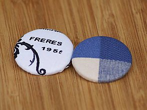 Materiál ručne robený - Buttony 38 mm - modropísmenkové - 6268128_
