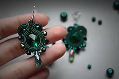 Náušnice - mini štebotavé (smaragdové-emerald) - 6267814_