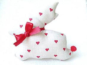 Dekorácie - Bunny in love (beige/red hearts) - 6273230_