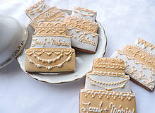 Svadobné medovníkové tortičky