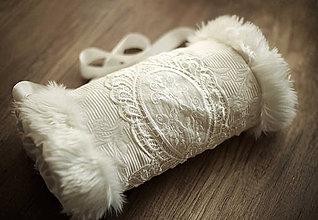 Rukavice - Svadobný vintage rukohrej (muff) - 6291836_