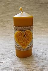 Svietidlá a sviečky - Romantická sviečka so srdiečkom - 6292880_