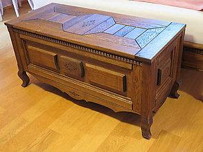 Nábytok - Drevená dubová truhlica - 6295899_
