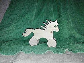 Hračky - drevený koník - 6291891_