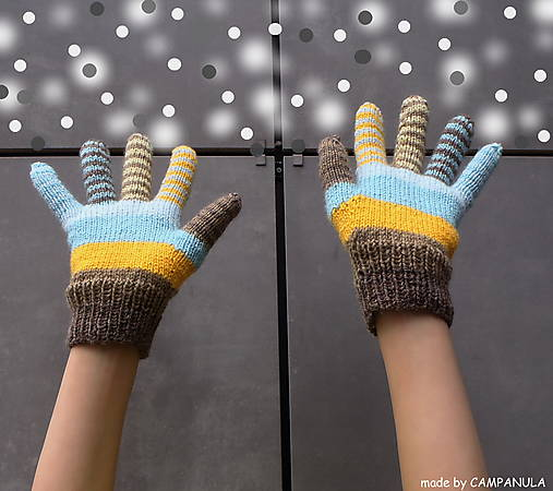 Samé pásiky slnkom prežiarené, rukavice