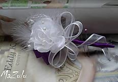 Pierka - svadobné pierko pre ženícha v lila odtieni - 6305803_