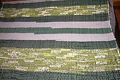 Úžitkový textil - Tkaný zelený koberec - 6312324_