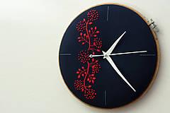 - Passion, ručne vyšívané nástenné hodiny - 6324321_