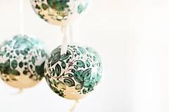 Dekorácie - Zelené dekoračné gule - 6326234_